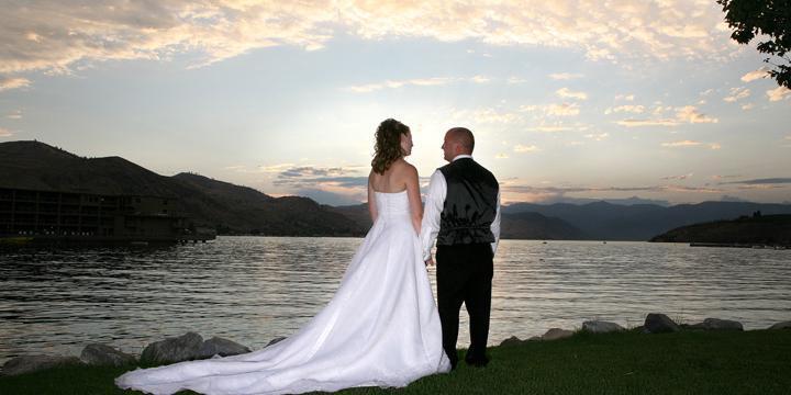 Campbell's Resort on Lake Chelan wedding Seattle