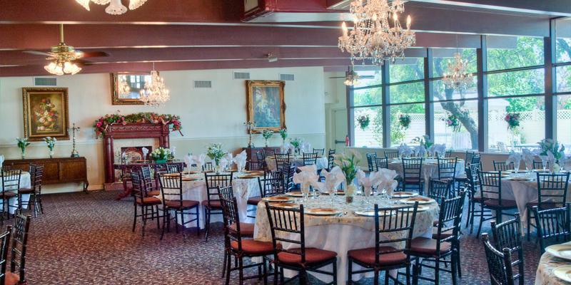 Magnolia Gardens on Main wedding San Antonio