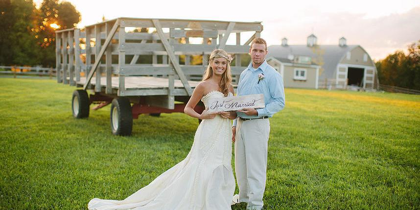 Irons Mill Farmstead wedding Pittsburgh