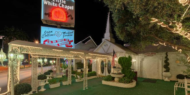 A Little White Wedding Chapel wedding Las Vegas