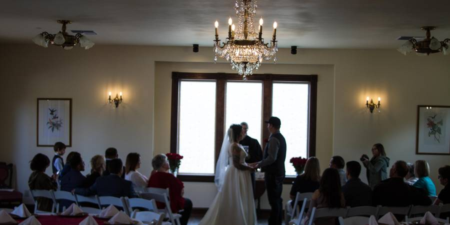 Swantown Inn & Spa - The Grand Victorian Ballroom wedding Tacoma