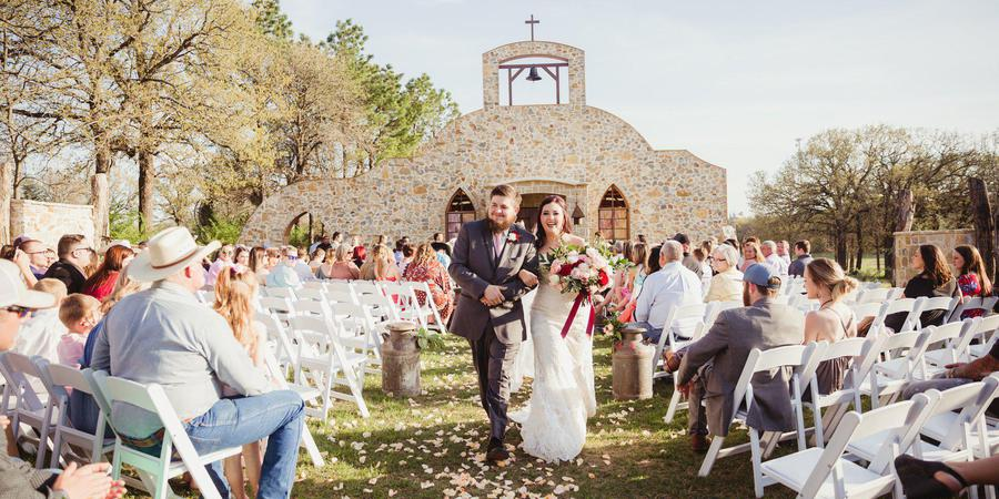 Hollow Hill Event Center wedding Fort Worth