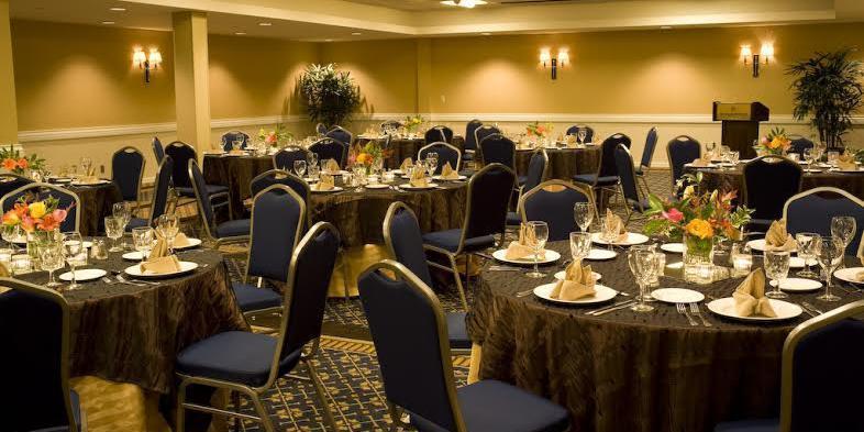 Sheraton Bellevue wedding Seattle