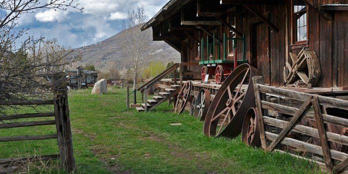 Holden/Marolt Mining & Ranching Museum wedding Aspen/Vail/High Rockies