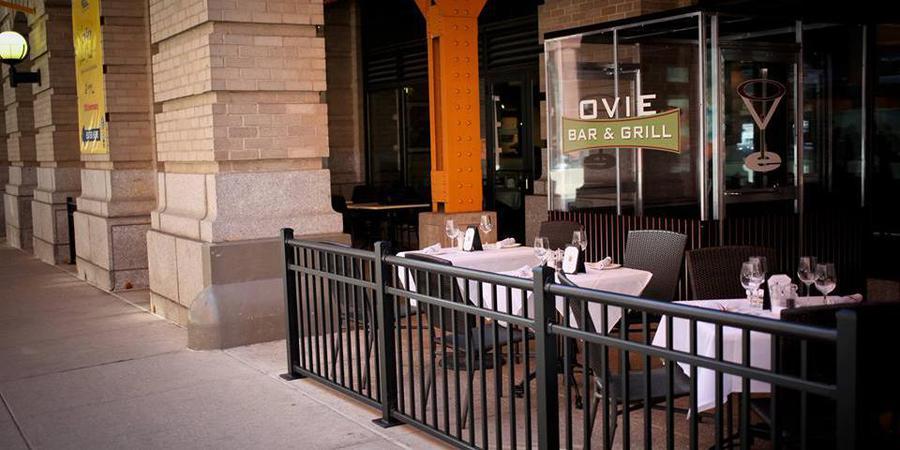 Ovie Bar & Grill wedding Chicago