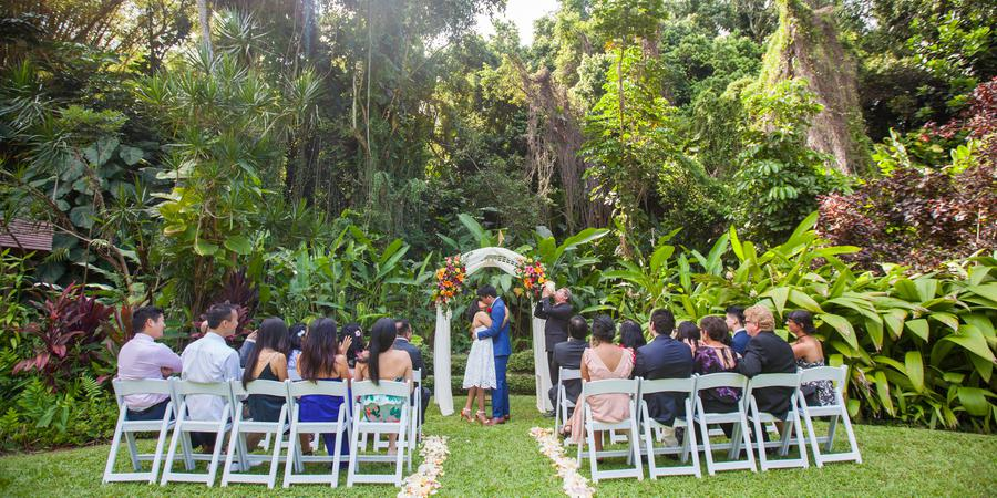 Haiku Gardens wedding Oahu