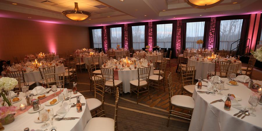Doubletree Hotel Pittsburgh Airport wedding Pittsburgh