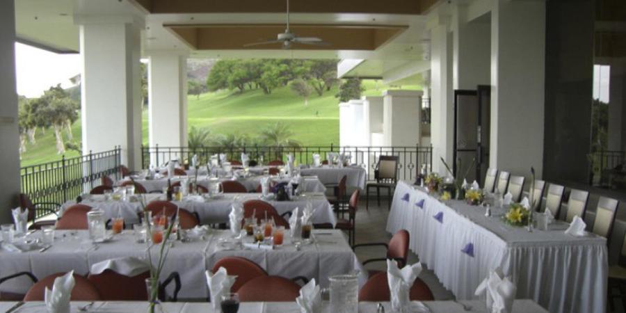 Kahili Golf Course wedding Maui