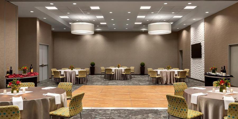 Aloft Jacksonville Tapestry Park wedding Jacksonville