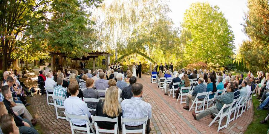 Cascade Gardens wedding Yakima