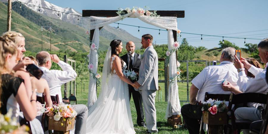 Quiet Meadow Farms wedding Salt Lake City