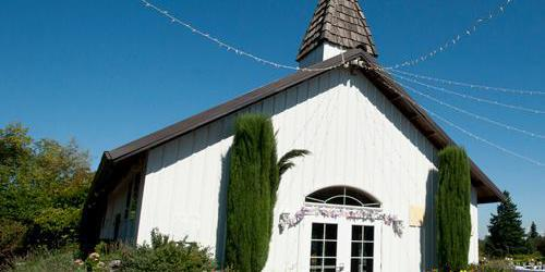 Aurora Colony Vineyards wedding Portland