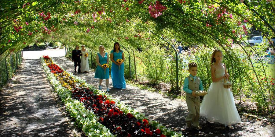Point Defiance Rose Garden wedding Tacoma