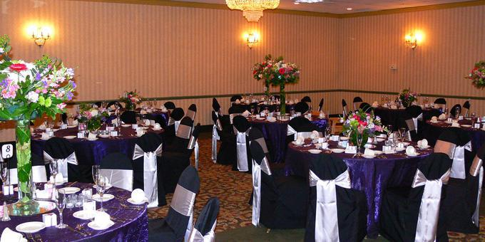 Seasons Reception Center at Comfort Inn, Pittsburgh wedding Pittsburgh