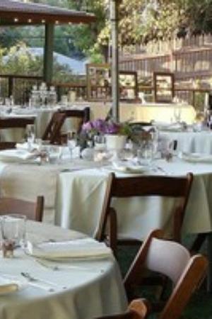 Grass Valley Courtyard Suites wedding Sacramento