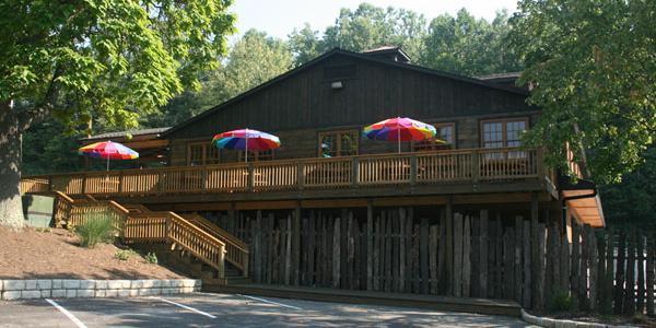 Wood's Tall Timber Lake Resort wedding Cleveland