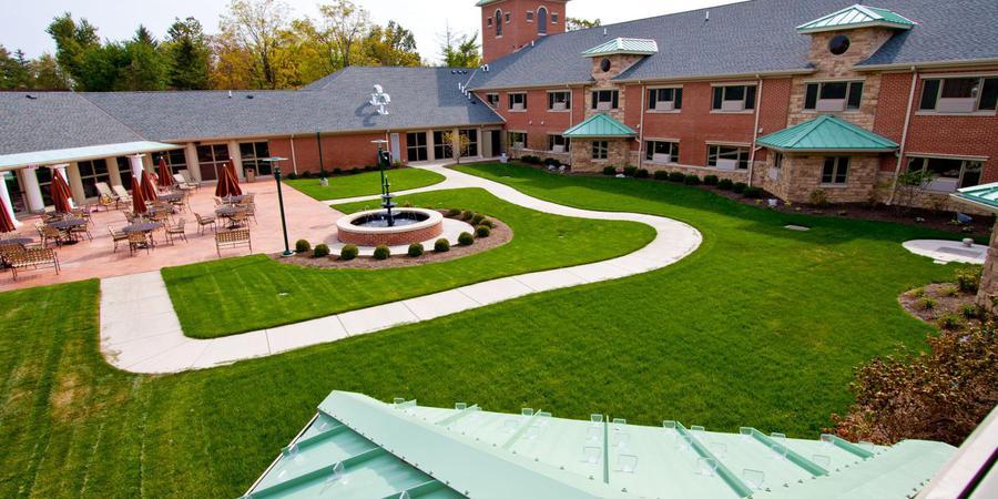 The Inn at Ohio Northern University wedding Toledo