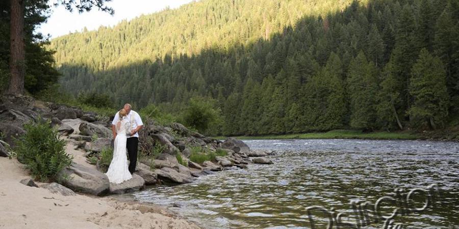River Dance Lodge wedding Idaho