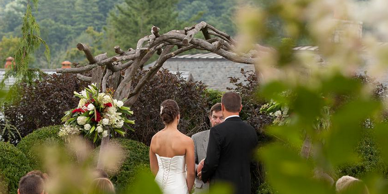 Hutchinson House at Old Edwards Inn and Spa wedding Asheville