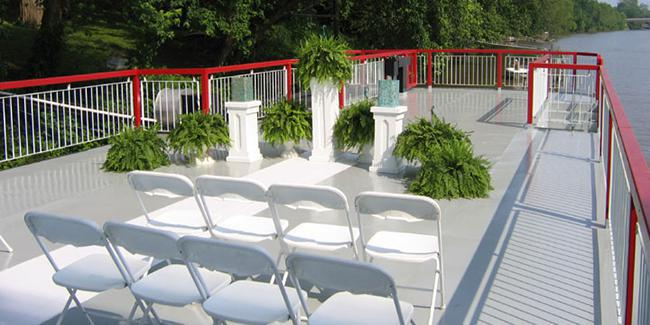 The Valley Gem Sternwheeler wedding Southeast Ohio