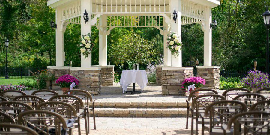 Riverwalk Place wedding Traverse City