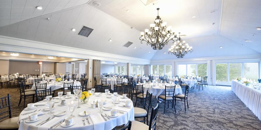 Worthington Hills Country Club wedding Columbus