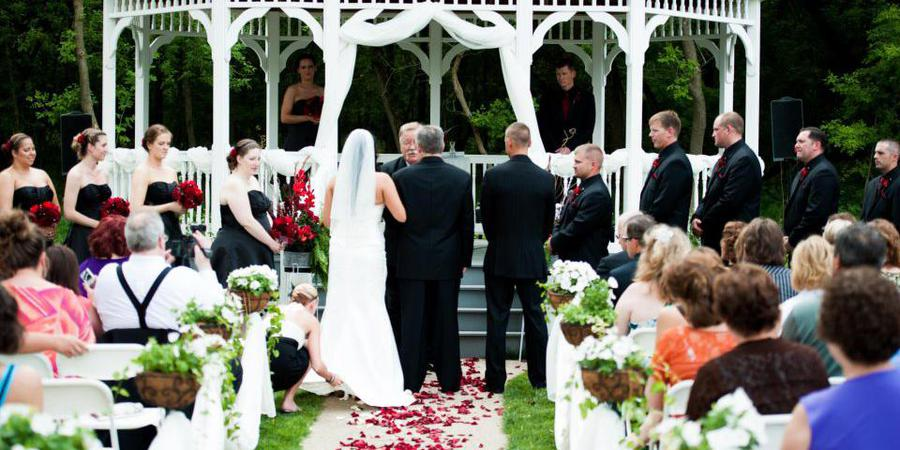 A Touch of Class wedding Des Moines