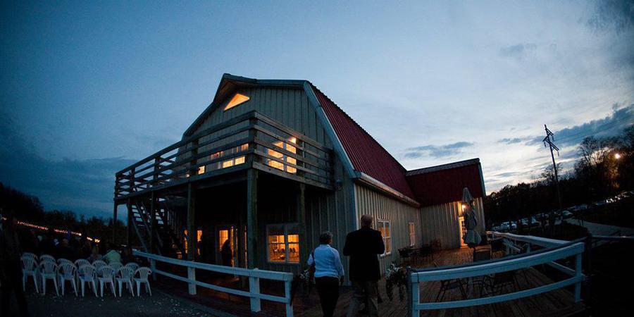 Summerset Winery wedding Des Moines