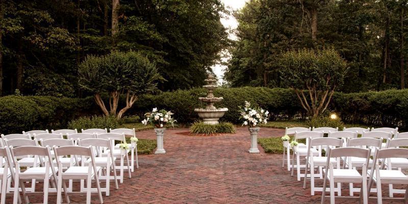 The Apple Blossom Inn wedding Virginia Beach