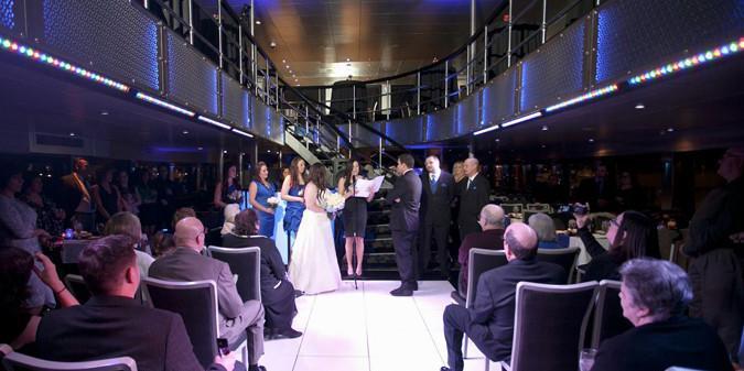 Spirit of Chicago wedding Chicago