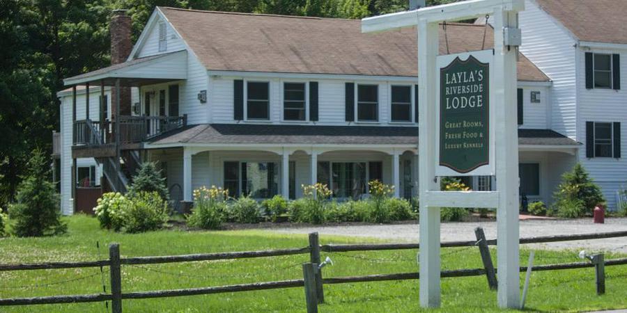 Layla's Riverside Lodge wedding Vermont