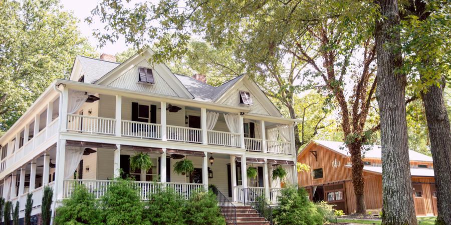 The Wheeler House and Barn wedding Atlanta