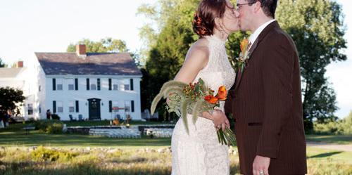 Colonel Williams Inn and Barn wedding Vermont