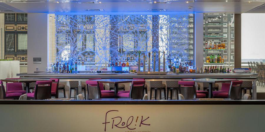 Frolik Kitchen + Cocktails wedding Seattle