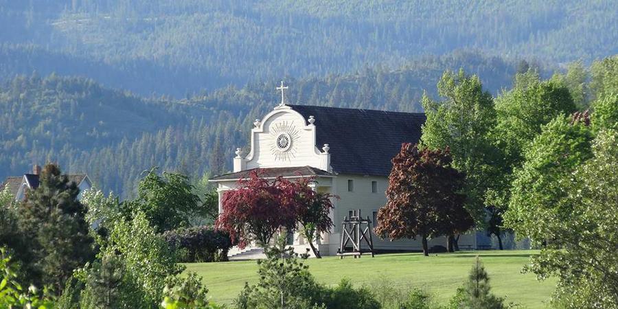 Coeur d' Alene's Old Mission wedding Idaho