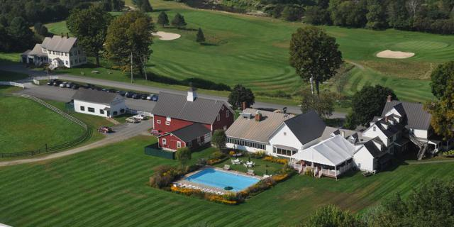 Three Stallion Inn wedding Vermont