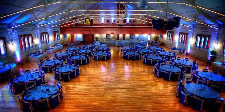 Tonawanda Castle wedding Western New York