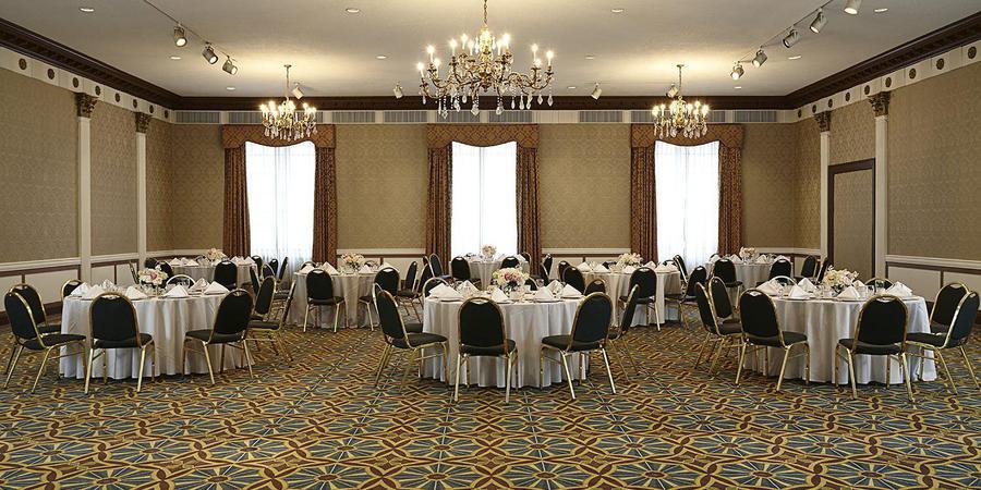 New York's Hotel Pennsylvania wedding Manhattan
