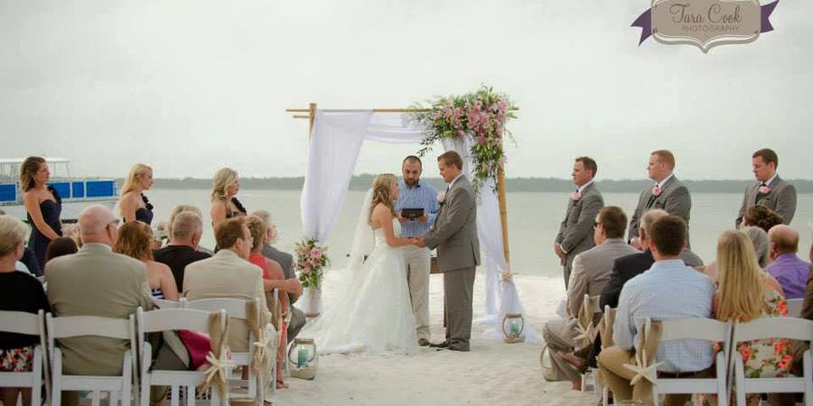 Hemingway's Island Grill wedding Northwest Florida