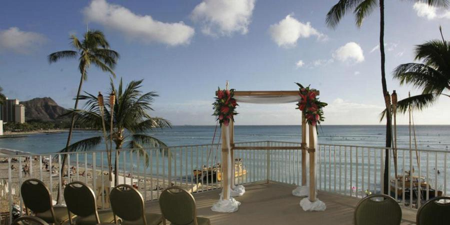 Outrigger Waikiki on the Beach wedding Honolulu