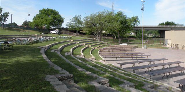 Bill Aylor Sr. Memorial River Stage wedding Fort Worth