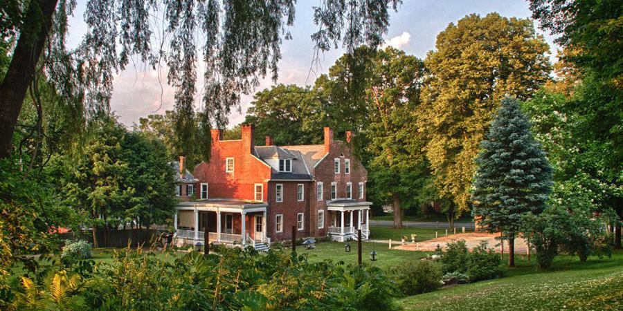 Snapdragon Inn wedding Vermont