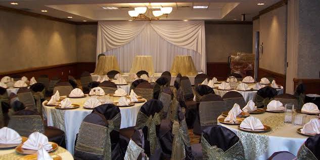 DoubleTree by Hilton Hotel Dallas Farmers Branch wedding Dallas