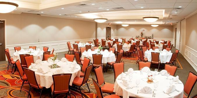 DoubleTree By Hilton Hartford - Bradley Hotel wedding Hartford