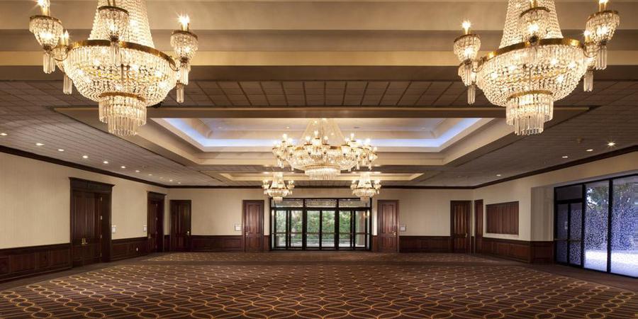 Sheraton DFW Airport Hotel wedding Dallas