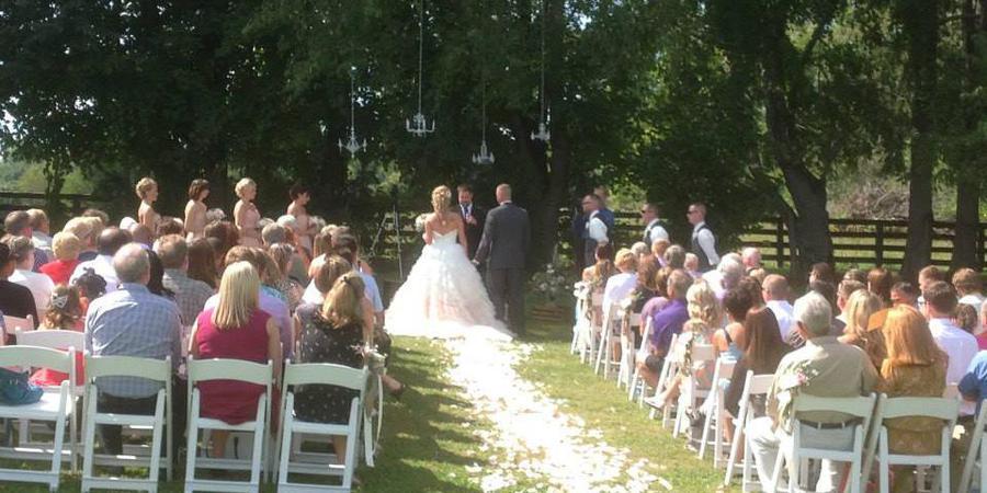 Sycamore Farm Bloomington wedding Southern Indiana