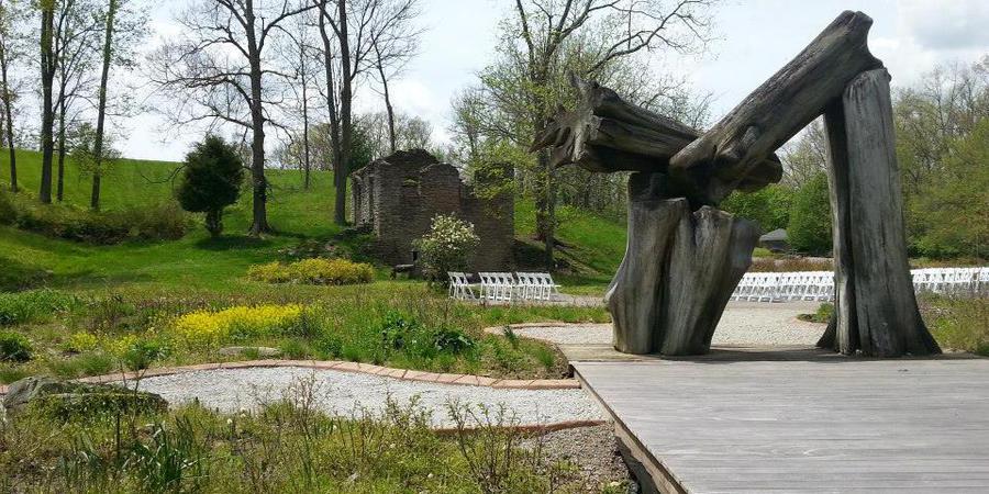 Museum at Pyramid Hill Sculpture Park wedding Cincinnati