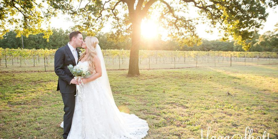 Lost Oak Winery wedding Dallas