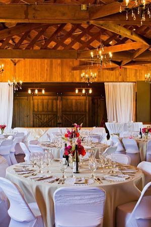 Cedar Lodge of Maple Valley wedding Seattle