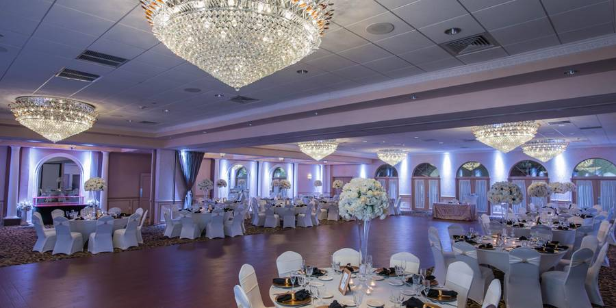 Versailles Ballroom at the Ramada Toms River wedding Jersey Shore
